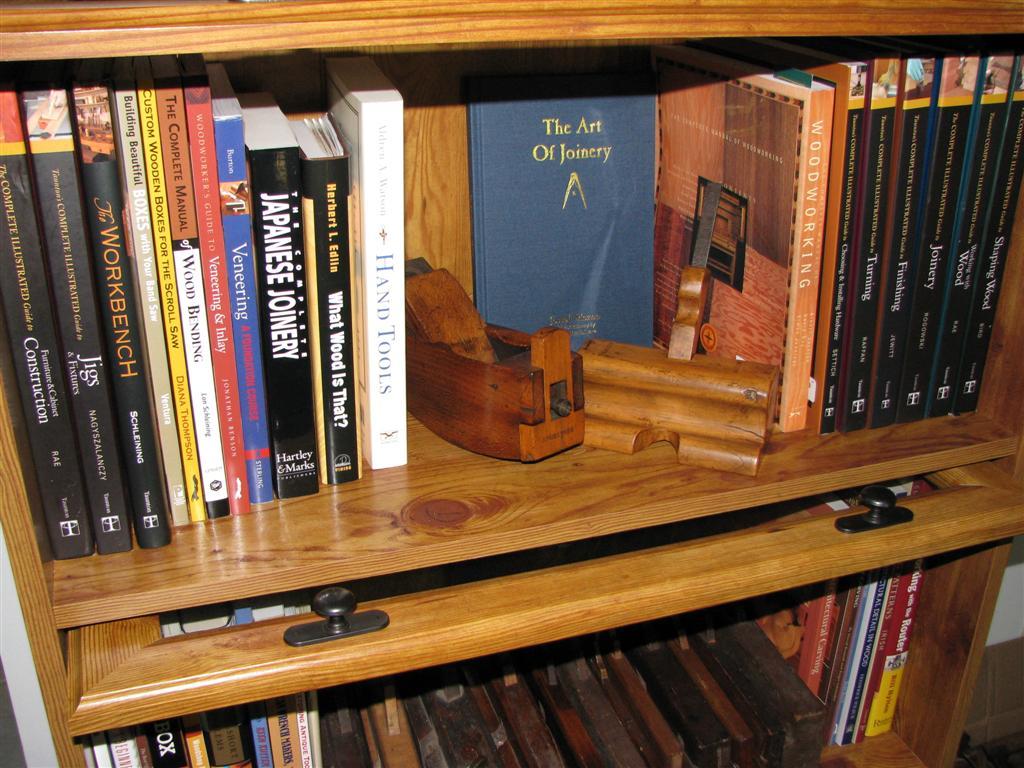The Moxon shelf